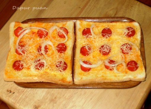 Resep Pizza Sosis Sederhana
