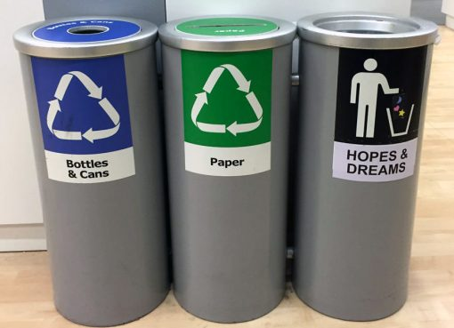 5 Cara agar Anak Tidak Buang Sampah Sembarangan