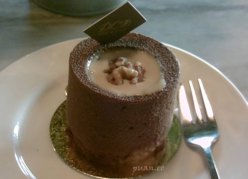 Molten Coklat Cake yang Bikin Meleleh