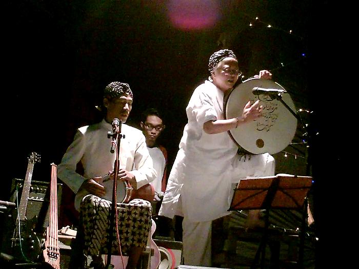 Di Kebun Ada Musik Hadirkan Spiritualitas Lewat Musik Bersama Saraswati Sunindyo